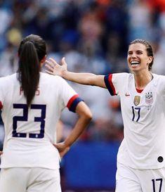 Play Soccer, Soccer Usa, Nike Soccer, Soccer Cleats, Soccer Sports, Barcelona Soccer, Fc Barcelona, Football Girls, Women's Football