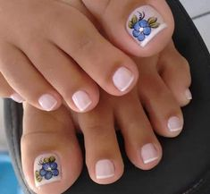 23 that will make you bright summer nails designs glitter fun 015 Pretty Pedicures, Pretty Toe Nails, Cute Toe Nails, Love Nails, Toenail Art Designs, Pedicure Designs, Pedicure Nail Art, Toe Nail Art, Orange Nail Designs