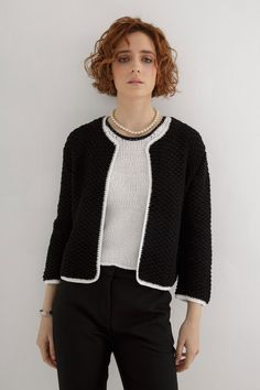 This knit features a cropped, amazingly stylish cardigan. #cardigan #chunkyknitcardiganpattern #croppedcardigan #cardiganknittingpattern #knitcardiganpattern #knitcardigan #cardiganpattern #knittingpatternsforwomen #knittingpattern #cardiganknittingpatternsforwomen #chunkyknitsweaterpattern #knittingcardiganpattern #cardiganknittingpatternwomen #oversizecardiganknittingpattern #knittingpatterncardigan #knittingpatternscardigan Summer Knitting, Cardigan Pattern, Knitting Patterns, Stitch, Sweaters, Knits, Collection, Women, Style