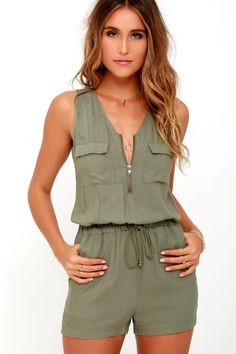 Feeling breezy and beautiful will come naturally to whoever has the Olive & Oak Set Free Olive Green Romper! Soft and light woven rayon sweeps over a sleeveless bodice (with patch pockets) to a zippered neckline, and tying drawstring waist. Mode Outfits, Fashion Outfits, Summer Outfits, Casual Outfits, Baby Jumpsuit, Strapless Jumpsuit, Playsuit Romper, Pant Romper Outfit, Floral Jumpsuit