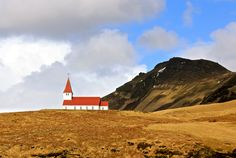 The Radar: 5 Days in Iceland, Saving for Trips, Travel Writers' Favorite Books