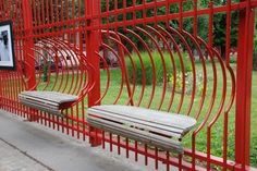 Fence with built-in benches at the Parc Jean Baptiste Lebas, Lille, France. Concrete Furniture, Urban Furniture, Street Furniture, Furniture Plans, Furniture Design, Outdoor Furniture, Inexpensive Furniture, Furniture Websites, Cheap Furniture
