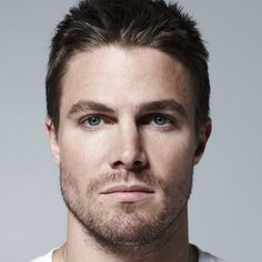 Stephen Amell (Arrow)