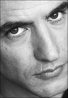 Dermot Mulroney, and the scar above his lip! i remember seeing it in The Wedding Date