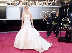 Oscars 2013.  Jennifer Lawrence in Christian Dior Haute Couture