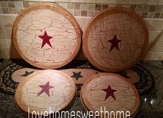 I painted the set navy blue, crackled in tan, added navy blue stars and sealed with matte sealer. Perfect for the primitive decor lover! Stove Burner Covers, Primitive Crafts, Crackle Painting, Metallic Paint, Country Decor, Room Themes, Burgundy, Kitchen Decor, Hand Painted