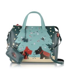 The Under the Mistletoe is our fabulously festive Picture Bag! This limited edition design celebrates the romance of Christmas and features Radley and his object of affection under the mistletoe in a screen-printed and appliquéd scene.