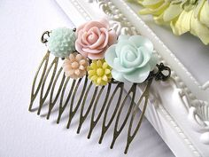 Flower Collage Hair Comb, Floral Hair Accessory, Light Pink, Peppermint Green, Yellow, Peach, Pastel Colours, Wedding Headpiece, Bridal Gift