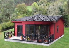 LLEIDA 72 m², Casa de madera Interior Paint Colors For Living Room, Village House Design, Adobe House, Small Cottages, Tiny Cabins, Tiny House Plans, Cottage Homes, House In The Woods, Simple House