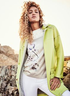 T-Shirt Josina Neoprenmantel Ninona Hose Estha Elegant, Vest, Spring Summer, Womens Fashion, T Shirt, Jackets, Fashion Styles, Woman, Classy