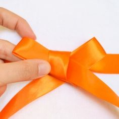 Tips on how to tie the perfect bow.