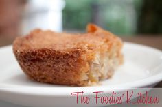 Grandma Lucy's Apple Cake by The Foodies' Kitchen, via Flickr