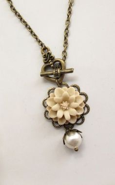 Nature Woodlands Vintage Style Pretty Marigold in almond, heart toggle clasp and Swarovski Pearl Necklace