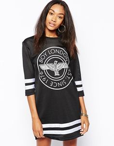 Buy Boy London Long Sleeve Hockey Dress at ASOS. With free delivery and return options (Ts&Cs apply), online shopping has never been so easy. Get the latest trends with ASOS now. Boy London, Look Fashion, New Fashion, Baseball Dress, Casual Dresses, Casual Outfits, Casual Clothes, Hockey, One Piece Dress
