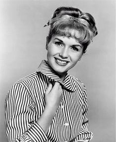 Debbie Reynolds, Actress, Singer