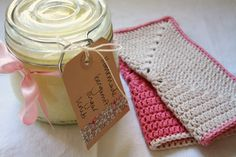 Tales from a happy house.: Christmas Gifts: Homemade Sugar Scrub and Crochet washcloth - Love this idea for a simple and lovely gift