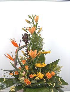 tropical floral-arrangement-with-tropic-flowers  χρόνια πολλά στις μητέρες όλου του κόσμου !  κυριακή 13 Μαιου 2018   παραγγελίες για αποστολές στο ηλεκτρονικό μας κατάστημα www.flowers4u.gr η καλέστε μας στο 2109426971 γιά άμεση εξυπηρέτηση και παράδοση   flowers papadakis est 1989 Tropical Floral Arrangements, Rose Delivery, Rose Basket, Send Flowers, Art Floral, Greece, Photo And Video, Garden, Plants