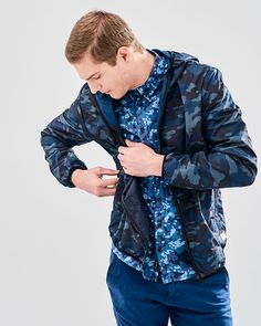JACKET CAMO ΜΕ ΚΟΥΚΟΥΛΑ Camo, Ss 17, Men's Collection, Buddha, Bomber Jacket, Jackets, Fashion, Camouflage, Down Jackets