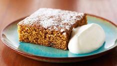 Clásico bizcocho de jengibre (Classic gingerbread cake) - Anna Olson