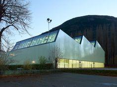 3-in-1 sports centre - parçay-meslay - savioz fabrizzi - 2012 - photo thomas jantscher