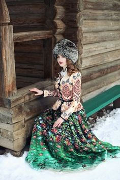 Do You Need Fashion Help? Foto Fantasy, Fantasy Dress, Russian Beauty, Russian Fashion, Russian Style, Mode Russe, Eslava, Russian Culture, Folk Costume