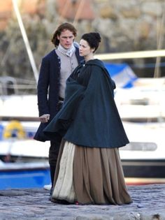 Jamie and Claire filming Season 2