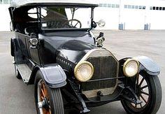 Oldsmobile Model 43, voiture routière de 1915  La Oldsmobile Model 43, ce véhicule ancien fut fabriqué de 1915 à 1923.
