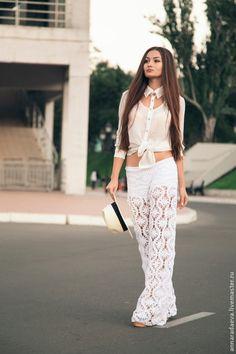 Roundup of beautiful #crochet trouser pants from crochet_stuff