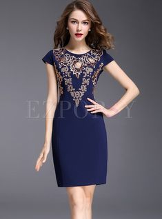 Shop Ethnic Embroidered Slim Red Bodycon Dress at EZPOPSY. Classy Outfits, Vintage Outfits, Club Dresses, Formal Dresses, Bride Dresses, Red Bodycon Dress, Online Fashion Stores, African Dress, Affordable Fashion
