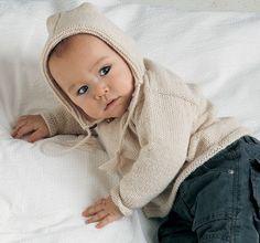 Strik en fin hættebluse til baby - Hjemmet DK