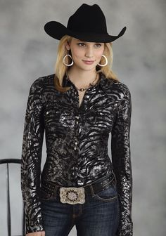 Roper Poly Jerey Silver Skin Print Five Star- Center Stage Long Sleeve Urban Western Wear hashtags Cow Girl, Cow Boys, Cowgirl Look, Sexy Cowgirl, Cowboy And Cowgirl, Western Girl, Western Wear For Women, Western Style, Western Boots