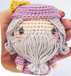 Harry Potter Beanie, Knit Crochet, Crochet Hats, Winter Hats, Knitting, Stitch Markers, Crochet Elephant, Crochet Rabbit, Amigurumi Doll