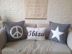 Set van 3 Ibiza kussens incl vulling € 38,50 Verkrijgbaar via www.philomenelensveld.blogspot.nl of Facebook
