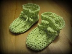 Precious little baby booties! Baby Booties, Baby Shoes, Little Babies, Raven, Booty, Kids, Fashion, Young Children, Moda