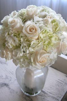 hydrangeas wedding bouquet kellysflowers_cream roses with ivory hydrangea bridal bouquetjpg