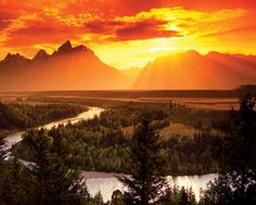 We're pinning dreamscapes this morning, places that would be as lovely to visit as these photos!    Golden Sunset