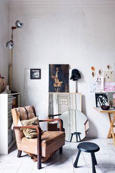 vintage home furnishing inspiration via architectural digest españa. / sfgirlbybay