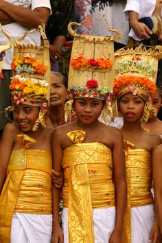 Balinese children - Max loves seeing all the different hats children wear around the world!