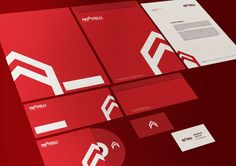 Fratelli Imobiliária Brand Identity by Cecílio Mendes, via Behance #stationery #identity