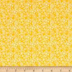 Riley Blake Fresh Market Slice Yellow from @fabricdotcom  Designed by Bella Boulevard for Riley Blake, this cotton print collection features tropical and fruity themes. Perfect for quilting, apparel, and home decor accents. Colors include shades of yellow and white.