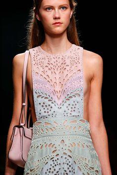 Spring 2015 Ready-to-Wear - Valentino
