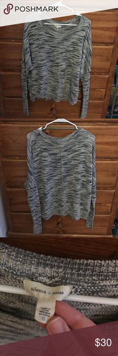 Urban Outfitters Sweater Perfect condition no flaws whatsoever. I just never wear it, not really my style anymore. The sleeves are fitted starting a little above the elbow Urban Outfitters Tops