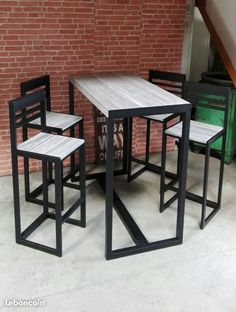 Welded Furniture, Steel Furniture, Bar Furniture, Unique Furniture, Industrial Kitchen Design, Industrial Design Furniture, Furniture Design, Wood Bar Stools, Restaurant Furniture