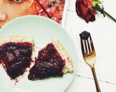 (RECIPE) Chia Berry LOVE Pie   Sakara Life