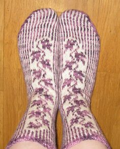 Ravelry: Clematis Vine - Riverbed pattern by Cat Bordhi