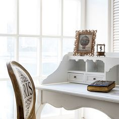 "#стул ""Париж"", бюро ""Версаль"", #фоторамка ""Матильда"" (бронза). #мебель, #стол, #секретер, #декор, #интерьер, #прованс, #furniture, #objectmechty, #interior, #французскийстиль"