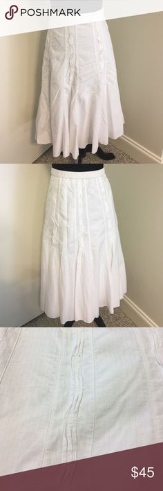 "10%⬇Coldwater Creek white cotton skirt Coldwater Creek white cotton skirt- beautiful darted detailing and slight flare at bottom give this skirt the perfect swing and flow. Absolutely beautiful on!! Skirt is lined had a side zipper button and hook closure. There is minimal elastic in the back waistband to give this some ""give"".✅I ship same or next day ✅Bundle for discount Coldwater Creek Skirts Midi"