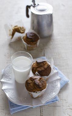 Muffin con datteri e mandorle (senza zucchero e lattosio)