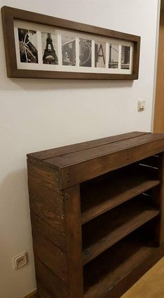 #Books, #Bookshelf, #Diy, #LivingRoom, #ReclaimedPallet, #Shelf, #Shelves This was a pretty simple project I slapped together for a friend. It took me about 24 hours in total. With it being about my fourth pallet project to complete I'd say it turned out well.