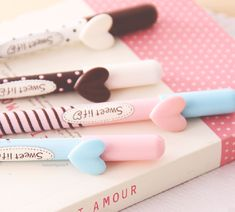 cute, pink, and kawaii image All Things Cute, Girly Things, Kawaii Things, Kawaii Stuff, Girly Stuff, Stationary Supplies, Cute Pens, Cute Office, Cute School Supplies